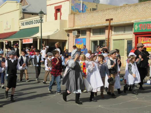 Kernewek Lowender, Opening Parade at Moonta